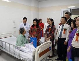 Bộ trưởng chỉ đạo tăng tỉ lệ sử dụng thuốc y học cổ truyền