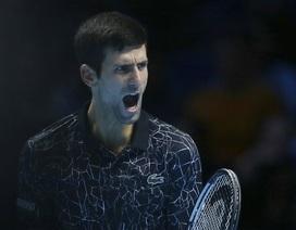 Zverev hạ gục Federer, gặp Djokovic ở chung kết ATP Finals
