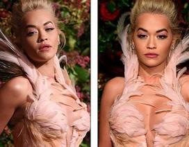 Rita Ora khoe ngực đầy đặn