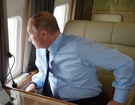 Tiết lộ việc ông Putin thường làm trên chuyên cơ tổng thống