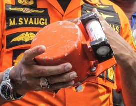 Vụ rơi máy bay Indonesia chở 189 người: Hộp đen hư hại nặng