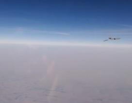 """Máy bay Nga """"chạm trán"""" máy bay Mỹ, Pháp ở Syria"""