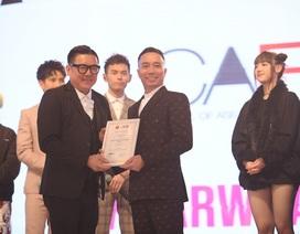 NTK Đỗ Trịnh Hoài Nam mở màn show thời trang đình đám tại Malaysia