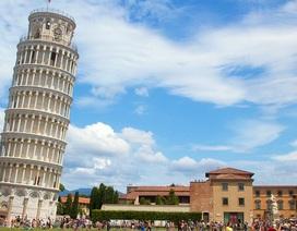 Tháp nghiêng Pisa đối mặt với nguy cơ càng ngày càng... thẳng
