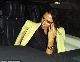 Victoria Beckham sành điệu đi ăn tối