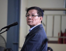 """Cựu tướng Phan Văn Vĩnh: """"Tôi đã đưa cả tổ ong vào trong tay áo mình"""""""
