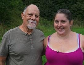 Cô gái 28 tuổi kết hôn với chồng cũ 69 tuổi của mẹ