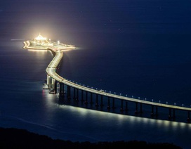 """""""Sóng ngầm"""" tại Hong Kong vì cầu vượt biển dài nhất thế giới nối liền Trung Quốc"""