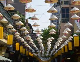 Độc đáo con đường nón lá ở phố cổ Hà Nội