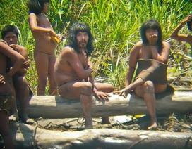Những bộ tộc bí ẩn sống tách biệt với thế giới hiện đại