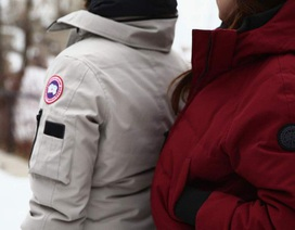 Trường học Anh cấm học sinh mặc áo khoác mùa đông đắt tiền đến trường