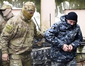 """Nguy cơ Ukraine """"lép vế"""" khi đối đầu với Nga trên biển"""