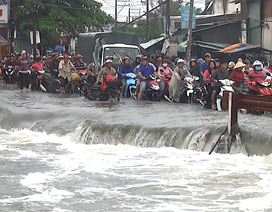 Tìm thấy thi thể sinh viên bị nước cuốn trôi sau cơn bão số 9