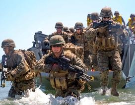 """Sức mạnh của quân đội Mỹ khi """"so găng"""" với Nga ở biển Đen"""