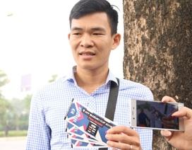 Cổ động viên xếp hàng từ sáng sớm nhận vé trận Việt Nam - Philippines
