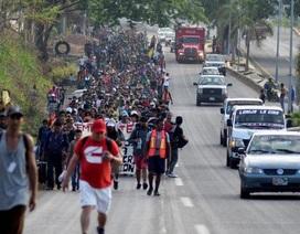 Lầu Năm Góc từ chối đề nghị đưa binh sĩ tới biên giới ngăn người nhập cư