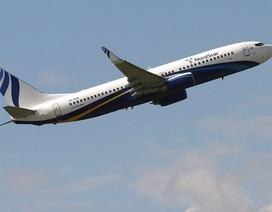 Sau thảm kịch hàng không Indonesia, Boeing 737 Nga chở 173 người hạ cánh khẩn cấp