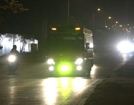 Ám ảnh ô tô độ đèn LED sáng chói