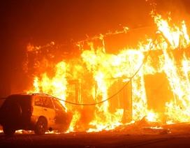 Cháy rừng dữ dội ở California, hàng nghìn người phải sơ tán