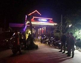 Đội phó đội an ninh bị bắt quả tang tổ chức đánh bạc