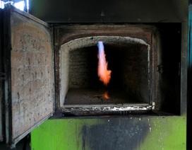 Thiếu khí đốt trầm trọng, dân Venezuela hỏa táng cũng phải tranh nhau