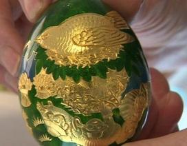 Lần theo manh mối trong sách, người đàn ông tìm được quả trứng vàng 200 triệu đồng