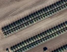 Ảnh vệ tinh hé lộ dàn máy bay, xe tăng Nga áp sát Ukraine