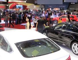 Sức mua cầm chừng, thị trường ô tô chờ bùng nổ cuối năm