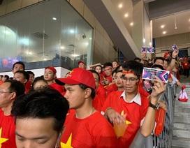Ban tổ chức Malaysia nợ cổ động viên Việt Nam một lời xin lỗi!