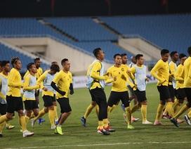 Cầu thủ Malaysia lộ vẻ căng thẳng khi trở lại Mỹ Đình