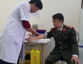 Trung úy công an kịp thời hiến máu cứu bệnh nhân qua cơn nguy kịch