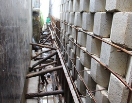 """Vụ """"bức tường thành khủng"""" ở Nha Trang: Chủ đầu tư phải trình phương án phá dỡ"""