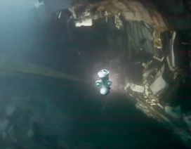 Cận cảnh trục vớt tên lửa từ tàu chiến Na Uy bị đắm sau cú va chạm tàu dầu