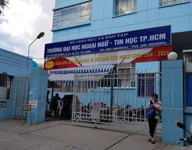 Trường ĐH Ngoại ngữ Tin học TPHCM: Hiệu phó phụ trách ký bằng tốt nghiệp cho sinh viên