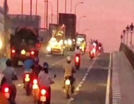 """Chấn chỉnh việc xe máy """"lấn làn"""" ô tô gây tai nạn chết người tại TPHCM"""