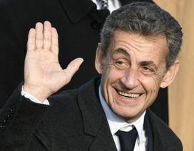 """Tổng thống Pháp """"cậy nhờ"""" người tiền nhiệm Sarkozy giữa tâm bão biểu tình Áo vàng"""