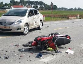 Tai nạn liên hoàn, xe buýt tông xe máy và ô tô, một người tử vong tại chỗ
