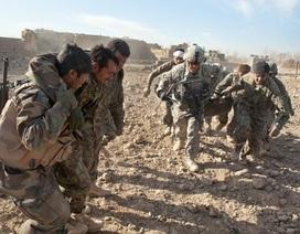 """Sau Syria, ông Trump tính rút quân Mỹ khỏi """"vũng lầy"""" Afghanistan"""