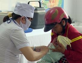 Phú Yên: Phụ huynh hoang mang vì thiếu trầm trọng vắc xin 5 trong 1