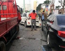 Hà Nội: Tai nạn liên hoàn, 5 ô tô hư hỏng