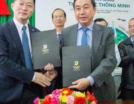 Bridgestone Việt Nam trao tặng 20 thùng rác thông minh cho thành phố Huế