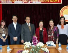 Đại diện Hội Khuyến học báo Asahi Nhật Bản thăm Hội Khuyến học Việt Nam