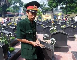 Giảng viên Mỹ viết về cuộc tìm kiếm không mệt mỏi 300.000 liệt sĩ Việt Nam mất tích