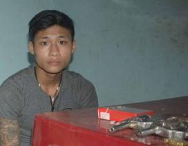 Phát hiện ma túy và súng trong phòng trọ của nhóm thanh niên