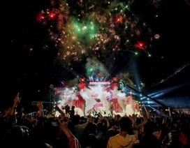 """Hà Thành bùng cháy """"đỏ rực"""" với đại nhạc hội Tự Hào Việt Nam"""