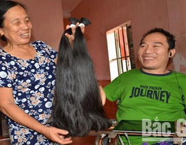 Chàng trai khuyết tật Nguyễn Minh Nhật: Chỉ một ngón tay, thay đổi... số phận