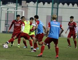Đội tuyển Việt Nam rèn miếng đánh trong buổi tập đầu tiên ở Qatar