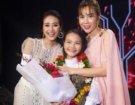 """""""Cô bé triệu view"""" Hà Quỳnh Như đăng quang Giọng hát Việt  nhí"""