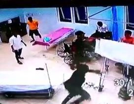 Công an lên tiếng vụ hàng chục thanh niên đập phá trụ sở công an xã, 3 người nhập viện