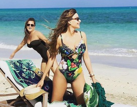 Sofia Vergara vẫn gợi cảm ở tuổi 46